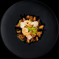 Рис Тяхан с морепродуктами-min